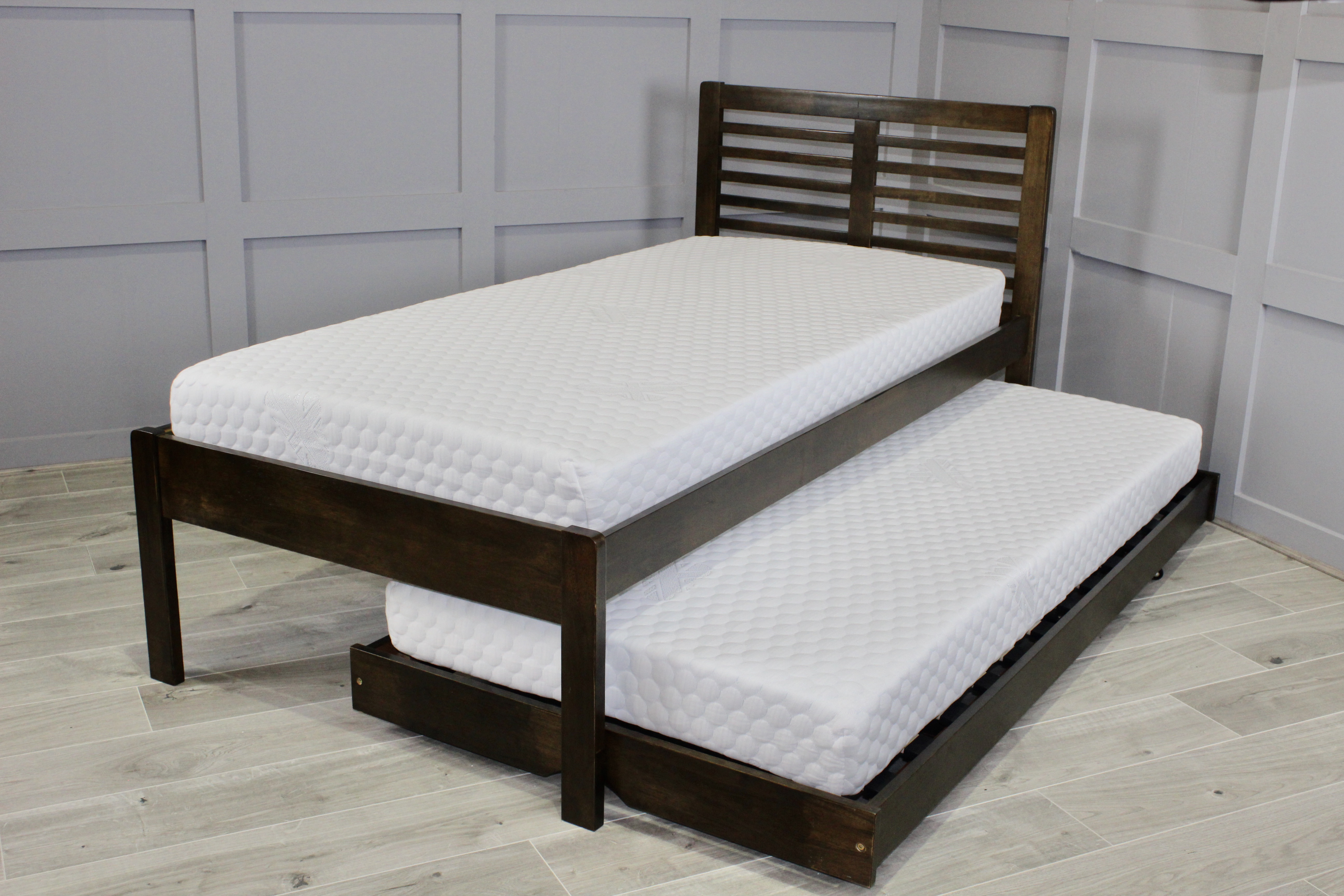 Esther Guest Bed